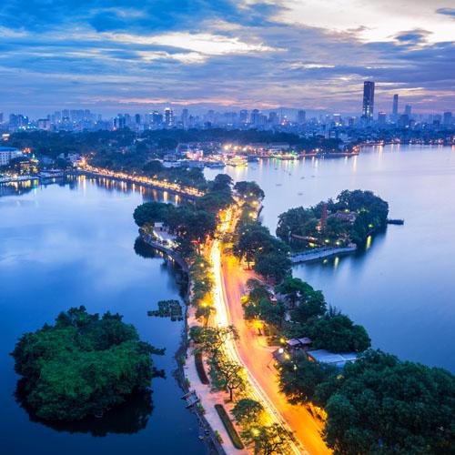 Hoi An - Hanoi - Hue - Ho Chi Minh by Air