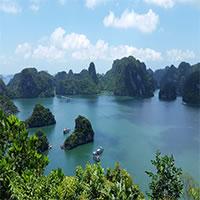 Vietnam - Halong Bay - Boats